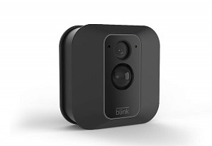 9. Blink XT2 Outdoor/Indoor Smart Security Camera
